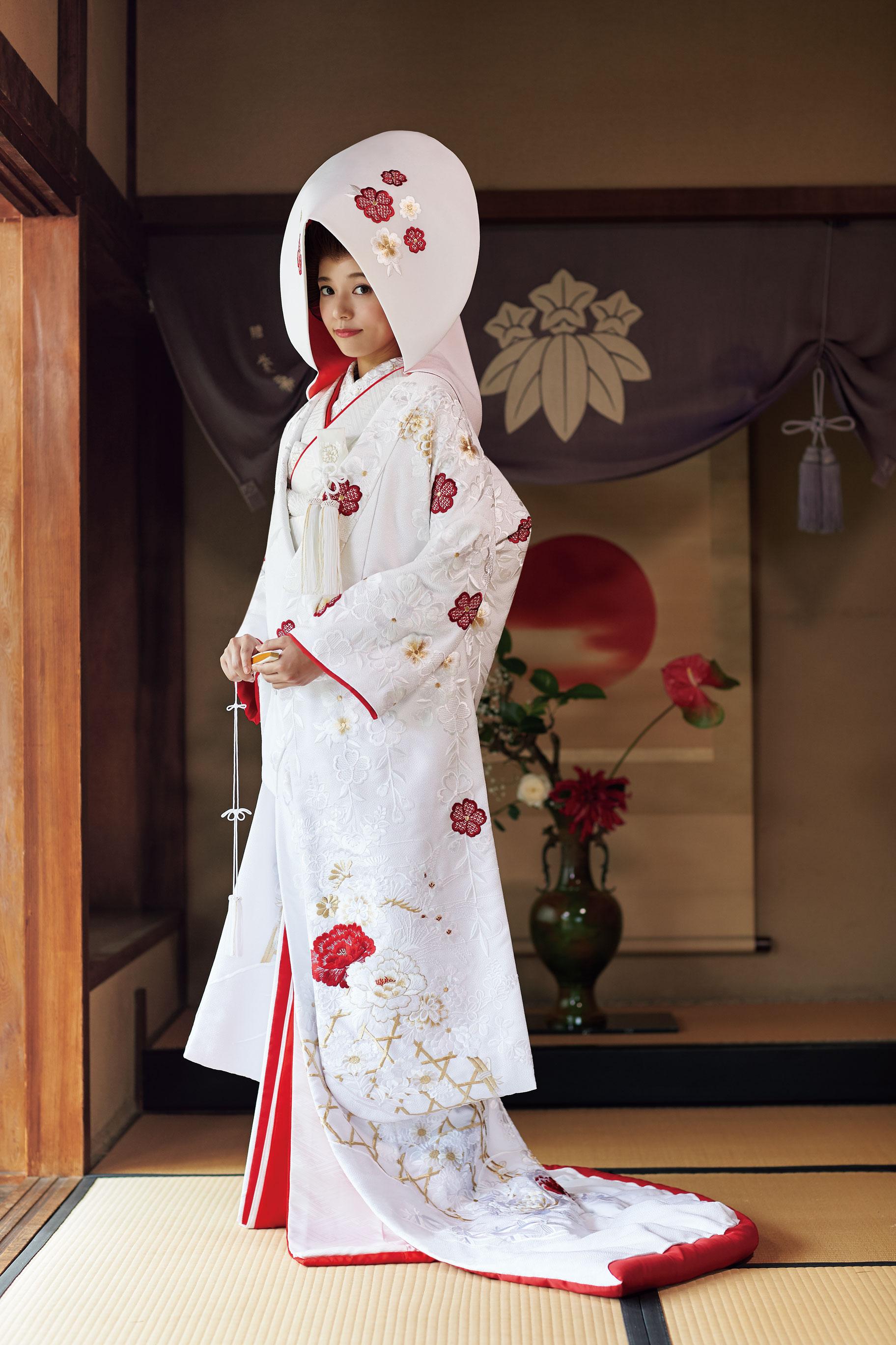 白地赤鹿の子桜